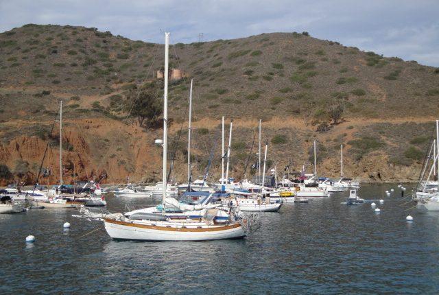 Two Harbors Catalina Island - Sailing Catalina Island
