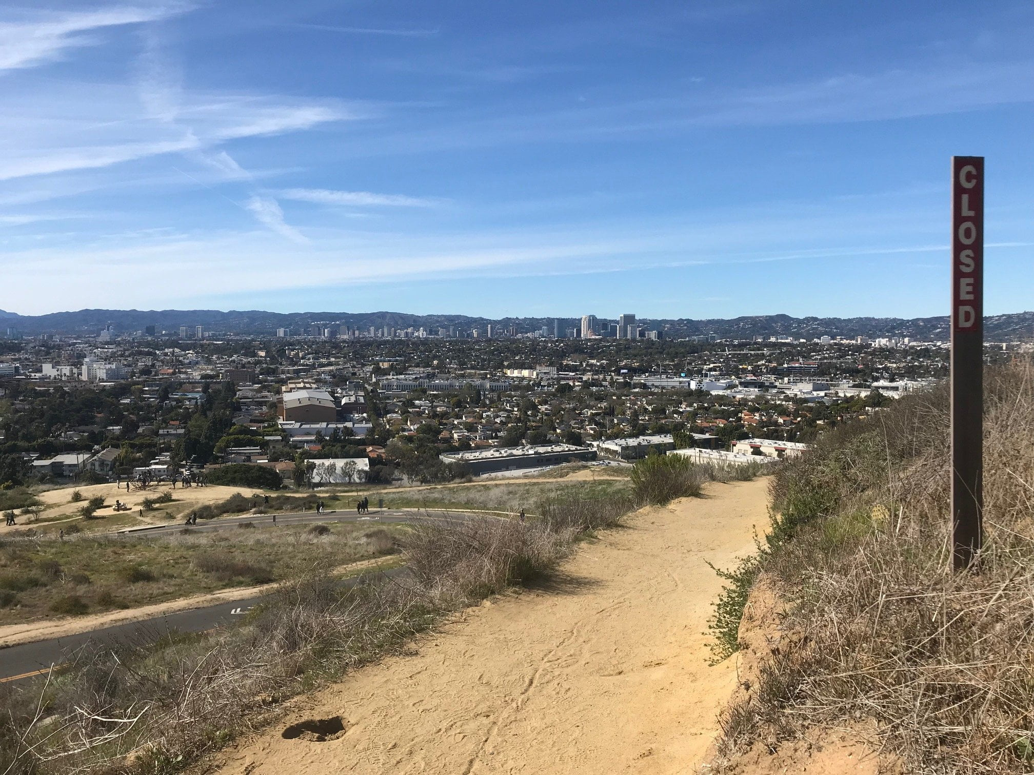 Baldwin Hills Scenic Overlook trail
