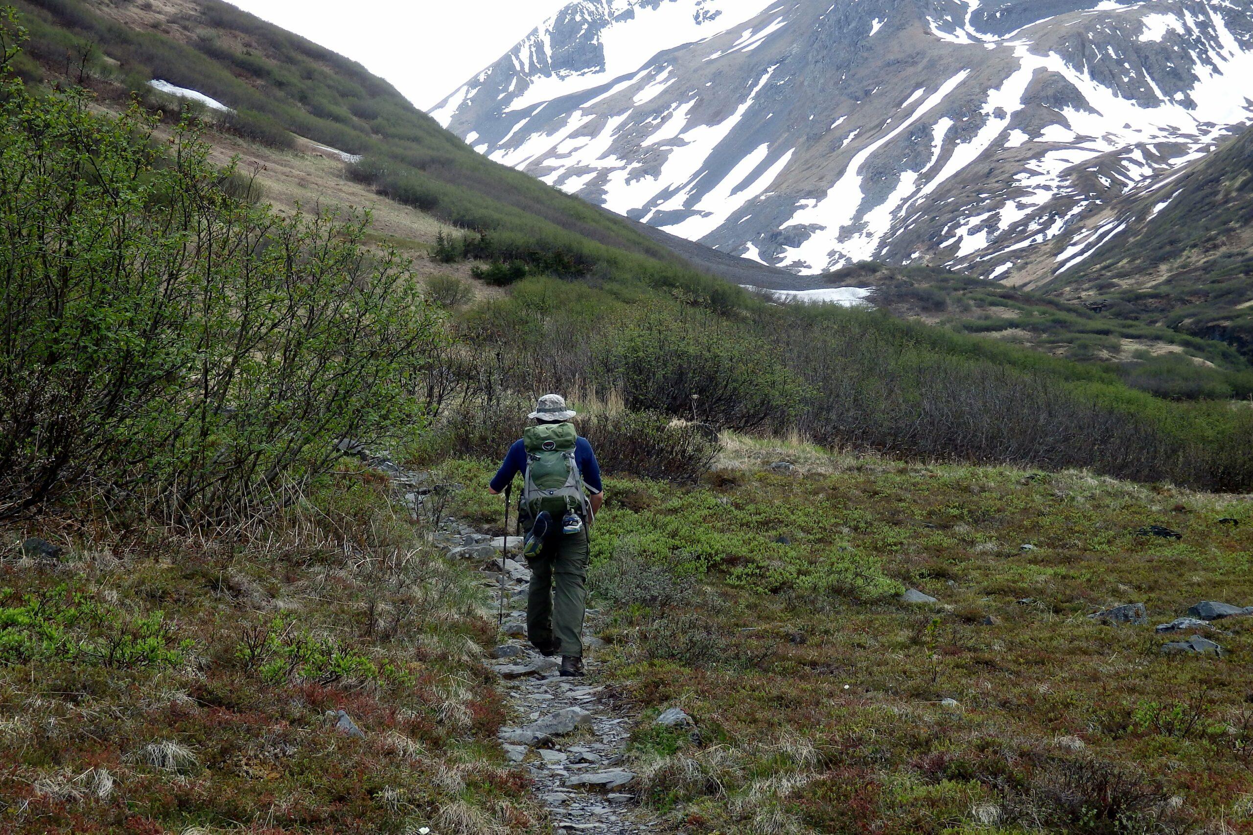 long distance hiking along Raven Creek Trail