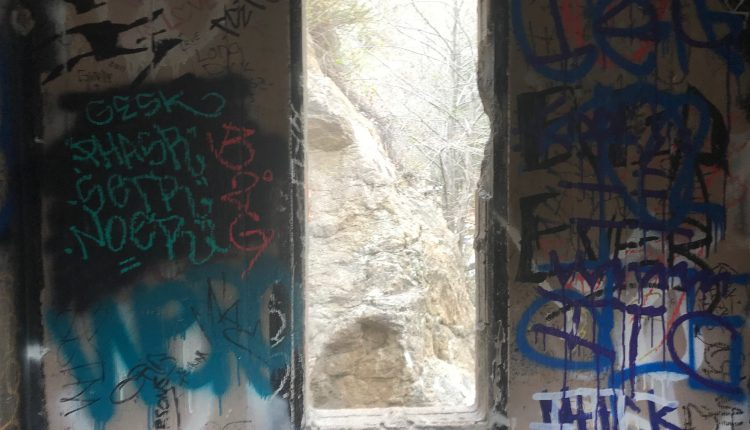 eaton canyon graffiti