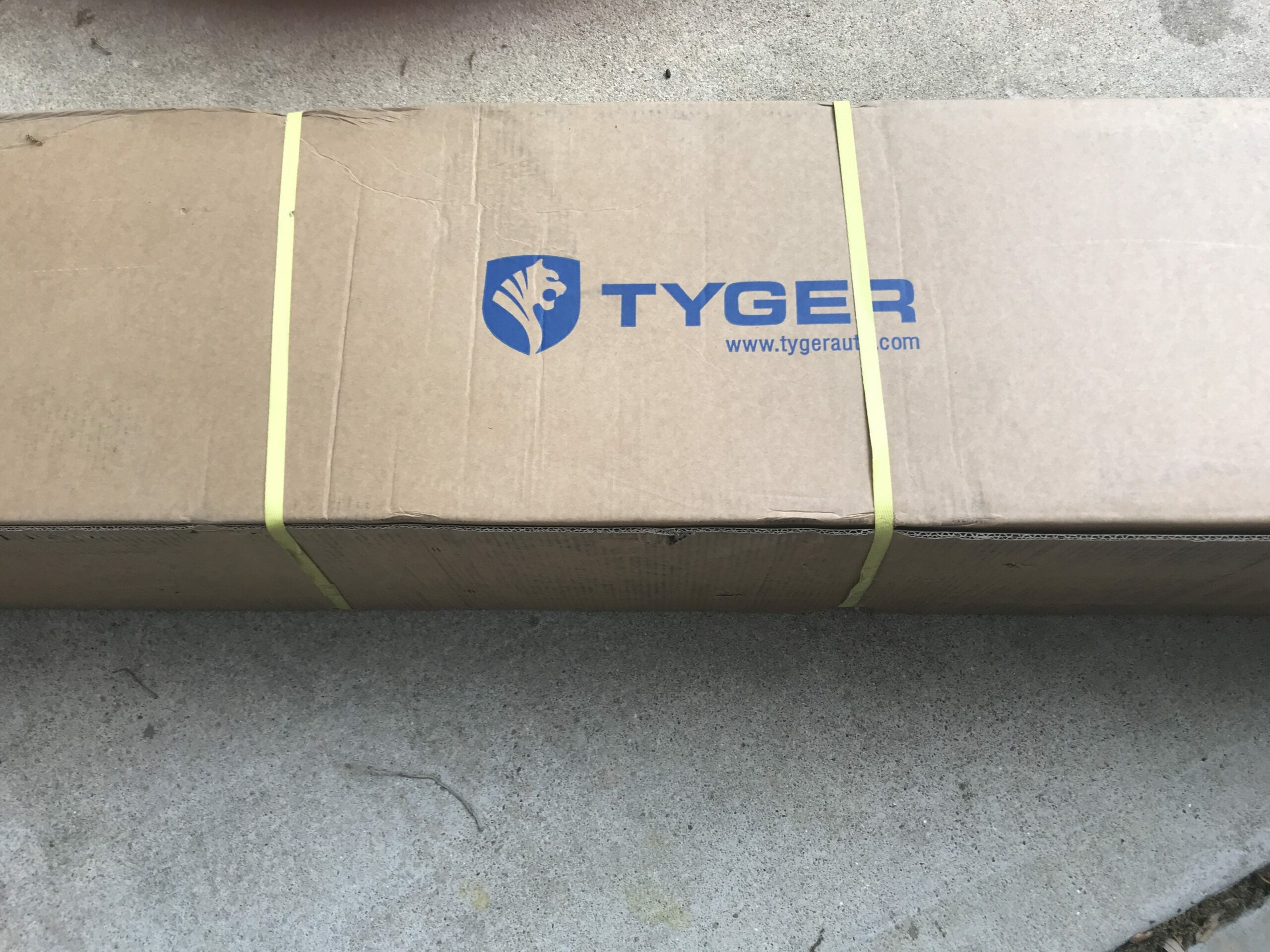Tyger auto TG-JA2J2239B Jeep Side Step Packaging