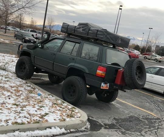 Jeep XJ Rooftop Tent