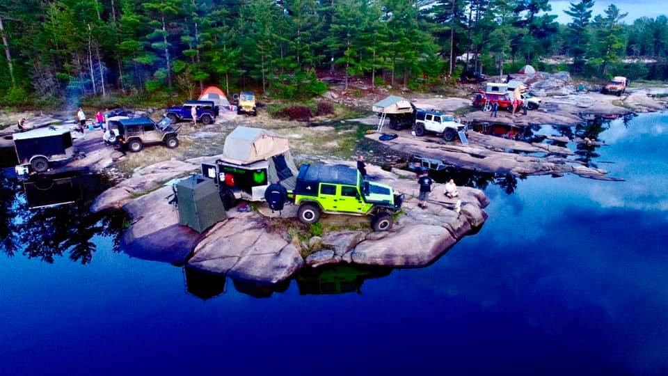 Jeeps with RTT camping